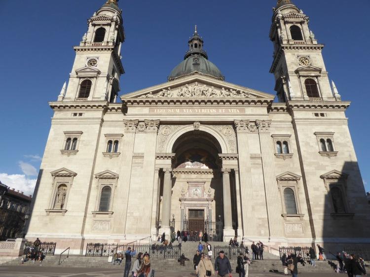 basilica san esteban